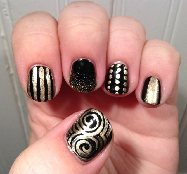 Black and gold hand