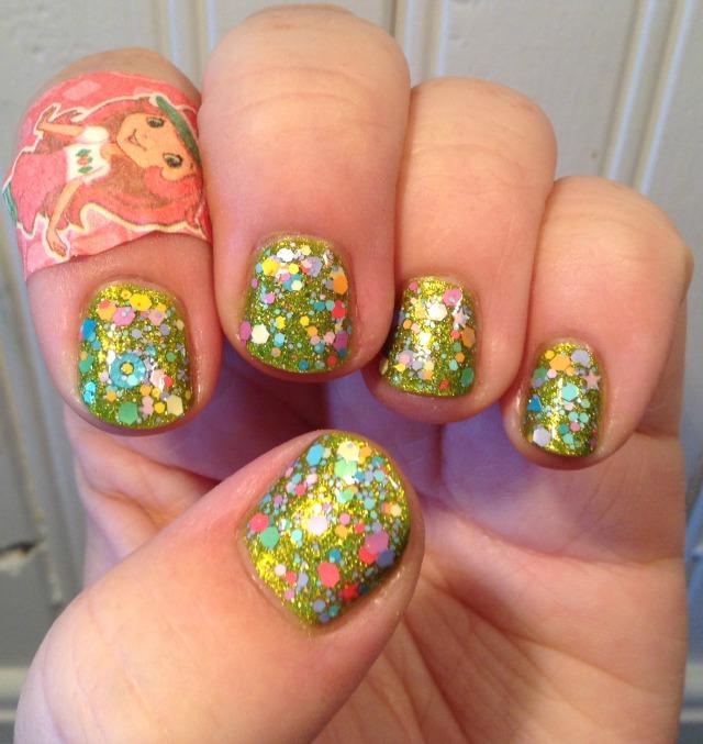 Clover Candy Hand