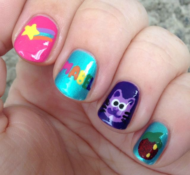 Mabel Pines Fingers
