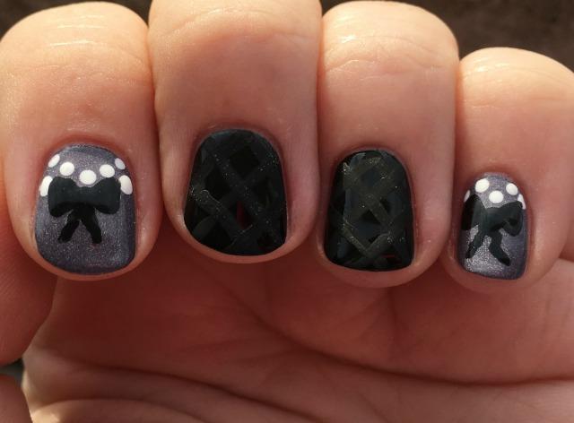 Chanel Fingers