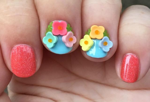 Floral Fingers 2