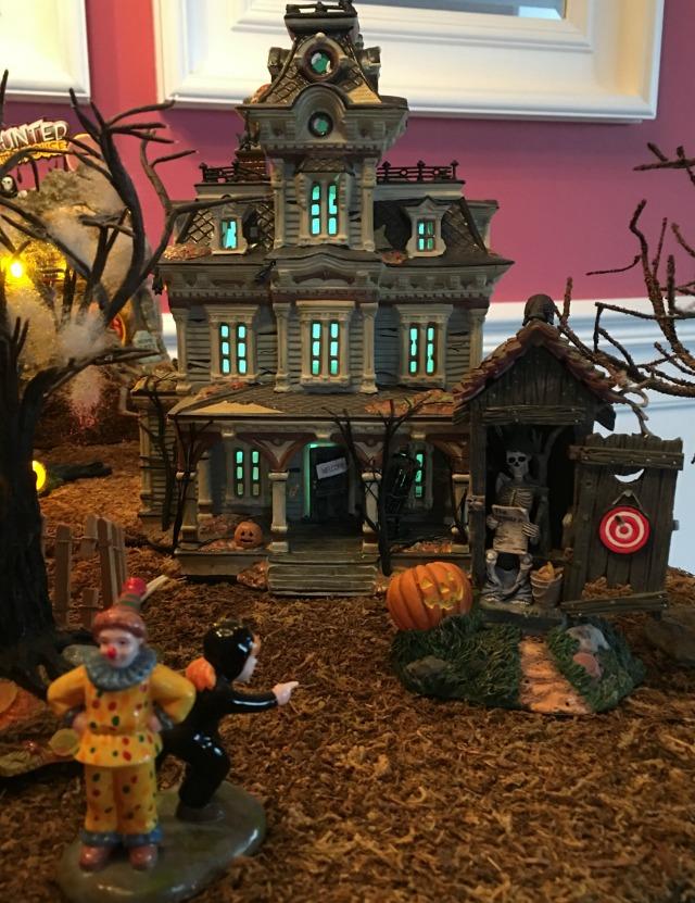 halloween-town-3