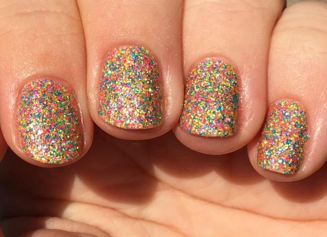aurora-sun-fingers